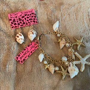 Betsy Johnson seashells set. NWT EARRINGS & bracel